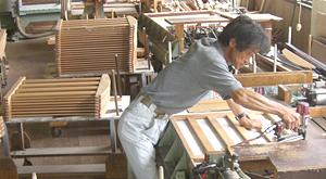 ベビーベッド製造工場